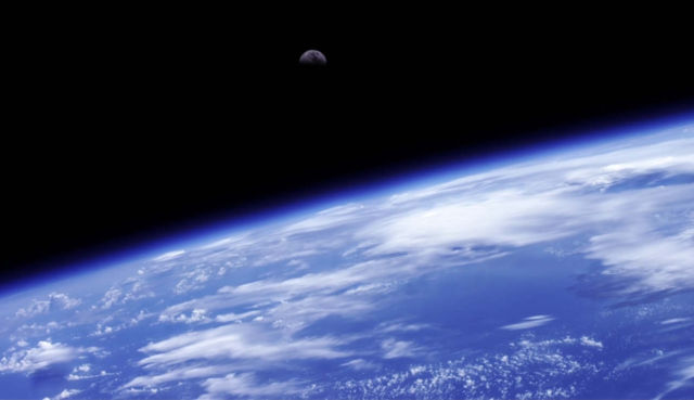 The World Below- Time-Lapse - Earth 2