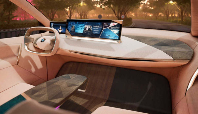 Virtual drive in the BMW Vision iNEXT