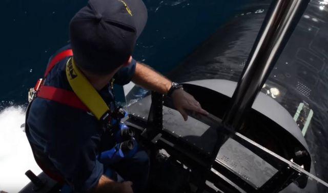 How Submarines Work (1)