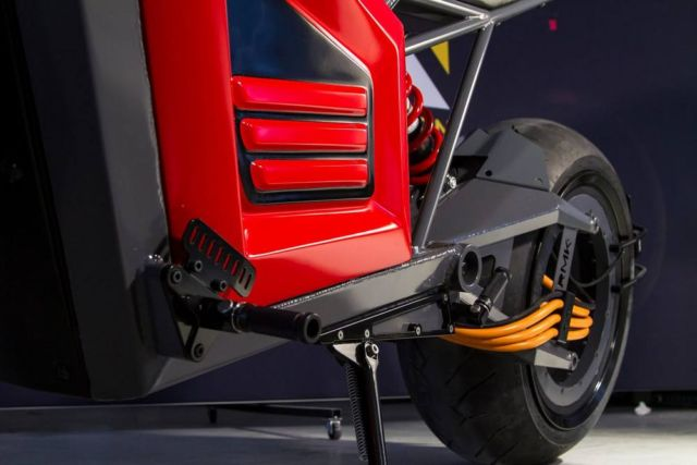 RMK E2 electric motorcycle (5)