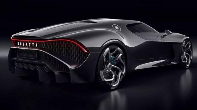 Bugatti La Voiture Noire Coupe unique Hyper Sports car (3)