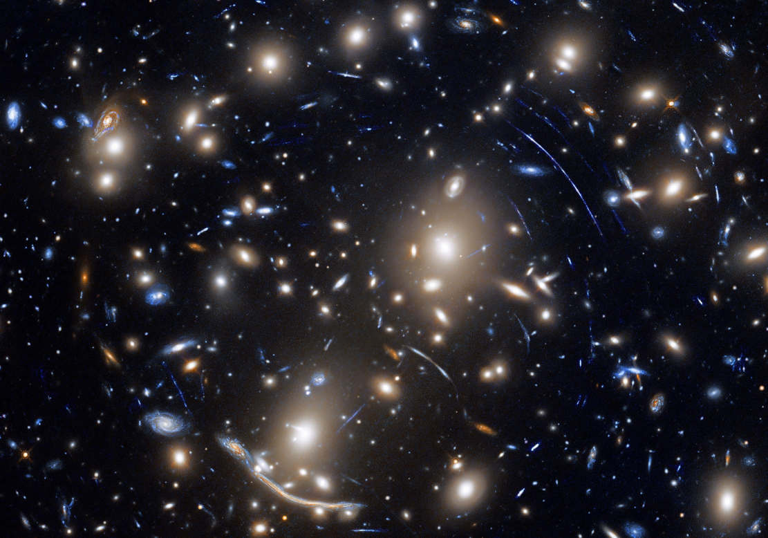 Galaxy Cluster Gravitational Lens