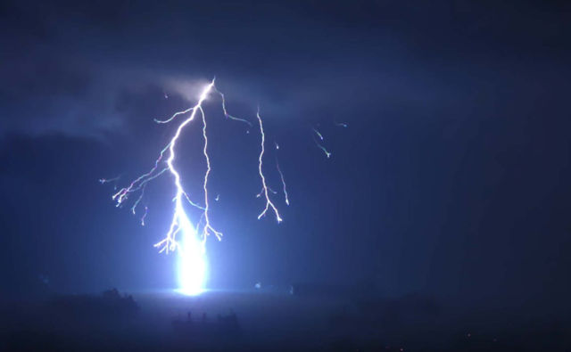 Watch Lightning Strike in Slow motion