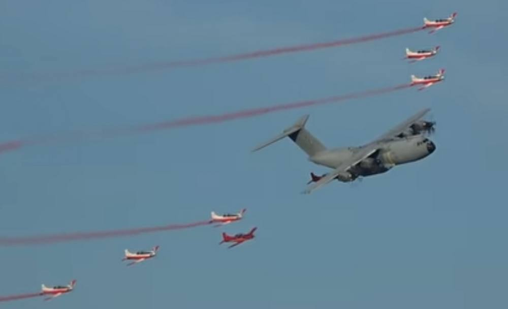 Impressive Airshow Opening