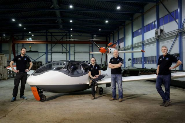 P2 Xcursion Amphibious hybrid aircraft First flight (4)