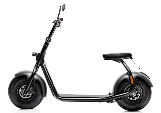 The minimal Scrooser electric scooter (4)