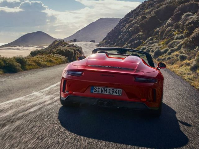2019 Porsche 911 Speedster (10)