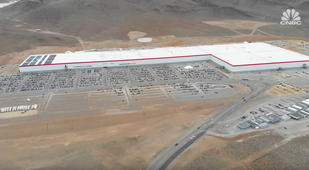 A Tour inside Tesla's first Gigafactory