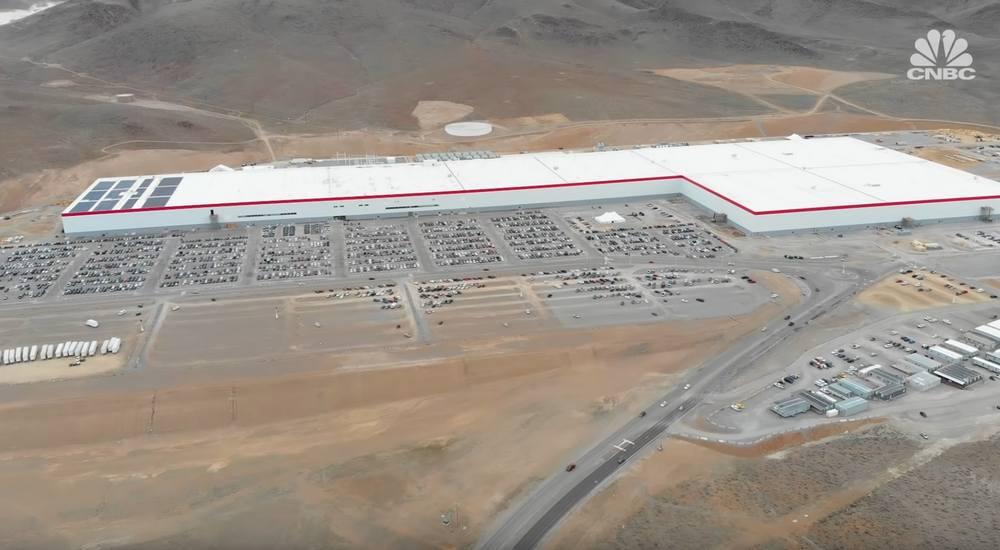 A Tour inside Tesla's first Gigafactory