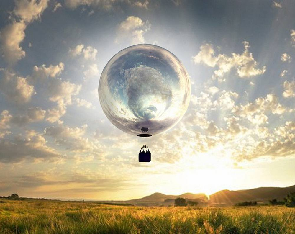 Giant, Mirrored Hot Air Balloon