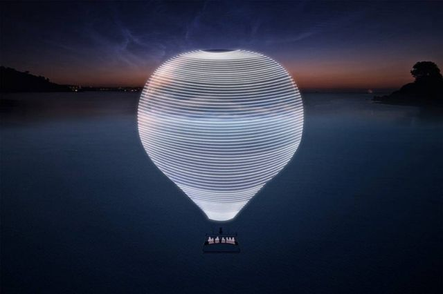 New Horizon Mirrored Hot Air Balloon (1)