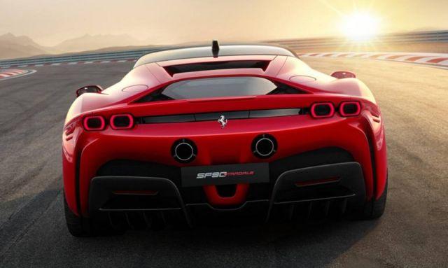 New Ferrari SF90 Stradale (6)