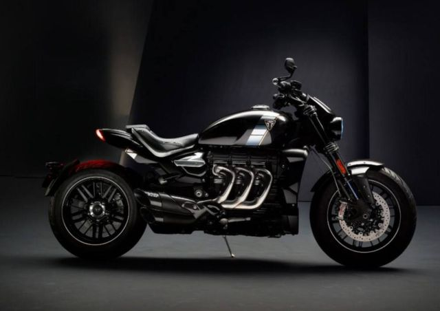 Triumph Rocket 3 TFC Motorcycle (8)