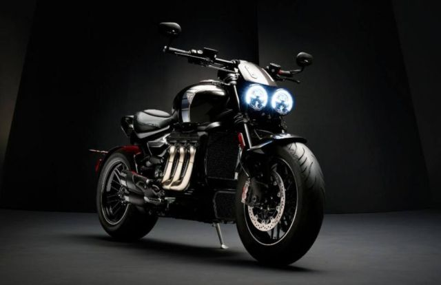 Triumph Rocket 3 TFC Motorcycle (7)