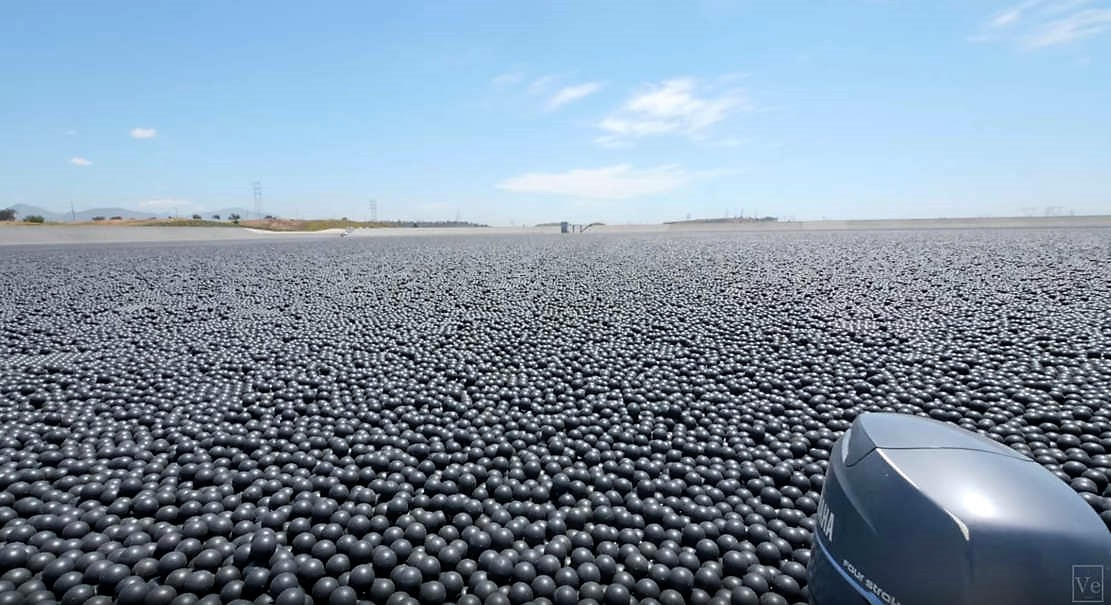Why are 96 million Black Balls on this Reservoir?