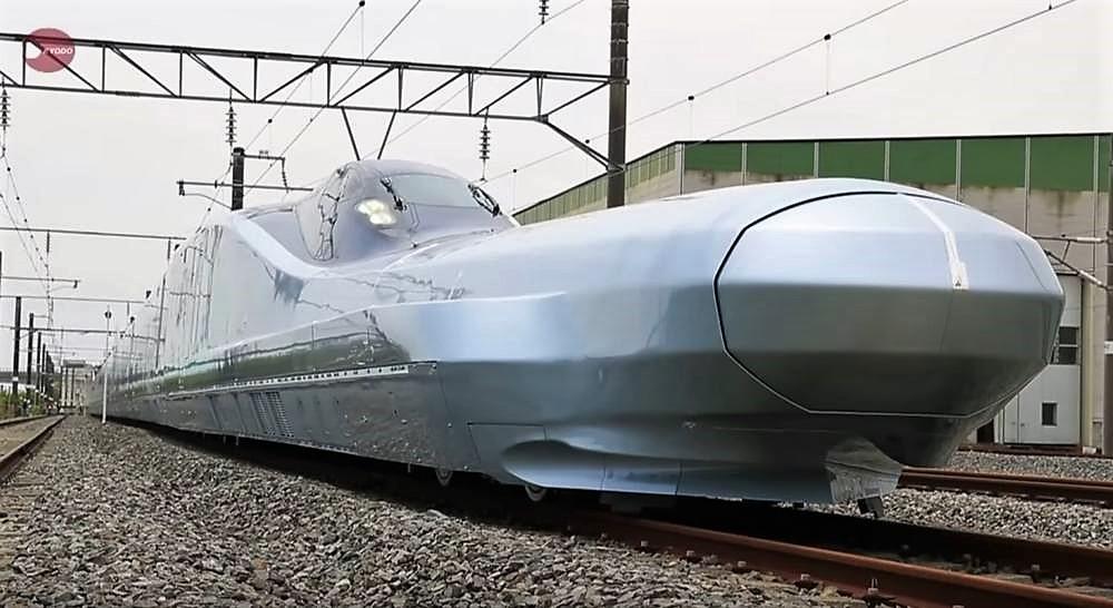 World's fastest Bullet Train | wordlessTech