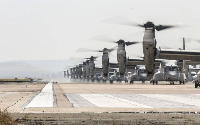 "41 helicopters in a massive ""Elephant Walk"" formation (2)"
