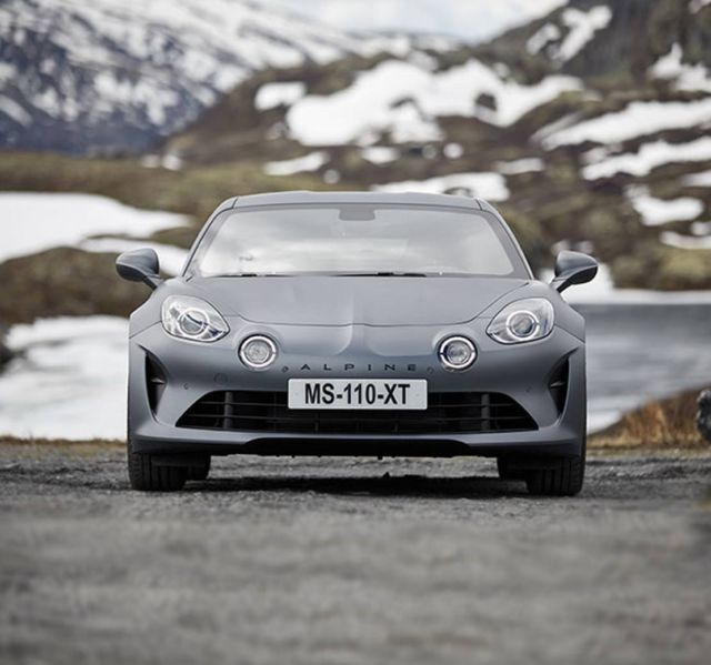 Alpine A110 S sports car (4)