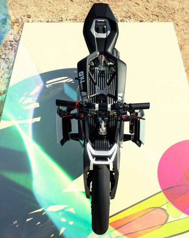 BMW Motorrad Vision DC Roadster (2)