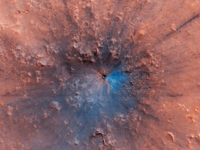 Stunning new Impact Crater discovered on Mars