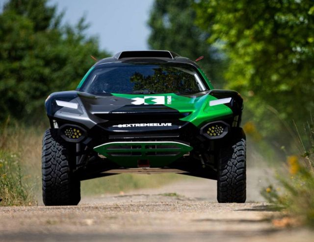 Extreme E Odyssey 21 racing electric SUV (3)