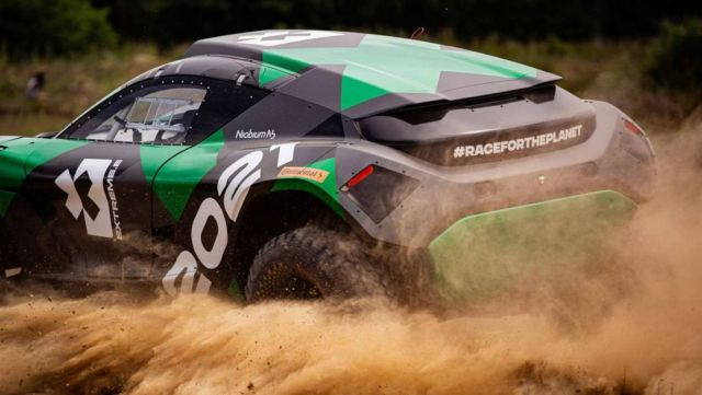 Extreme E Odyssey 21 racing electric SUV (2)