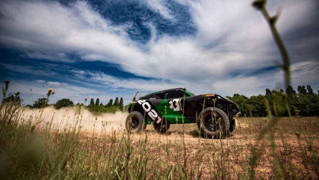 Extreme E Odyssey 21 racing electric SUV (1)