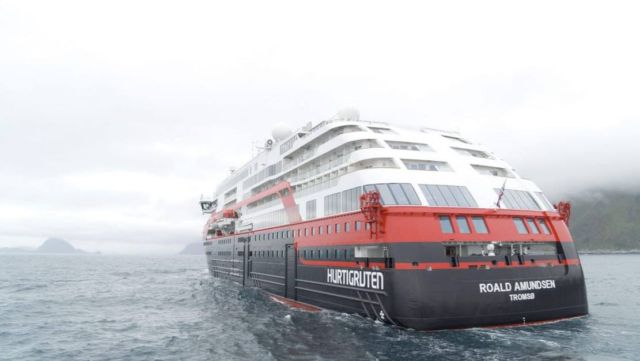 First ever Cruise Ship to sail on Battery power (3)