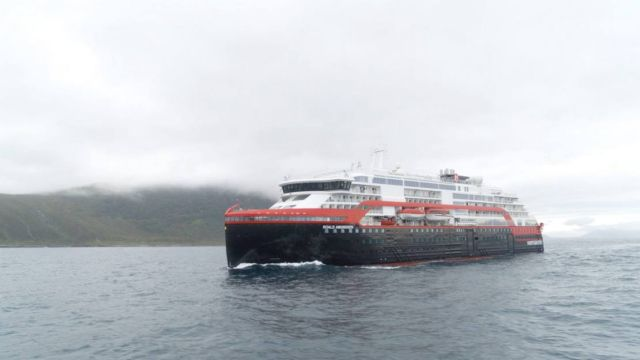 First ever Cruise Ship to sail on Battery power (2)