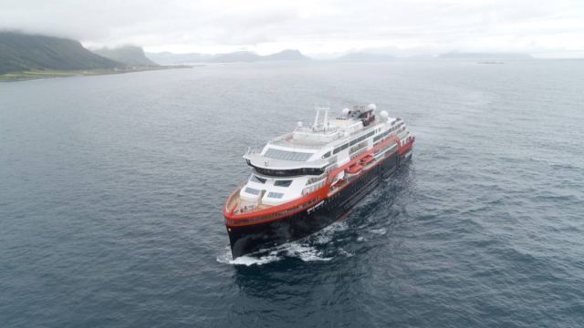 First ever Cruise Ship to sail on Battery power (1)