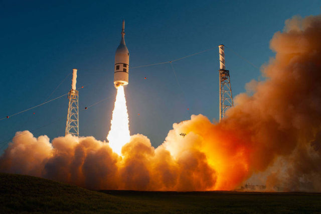 NASA tests emergency Launch Abort System