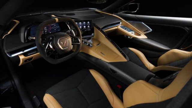 The 2020 Chevrolet Corvette Stingray (4)