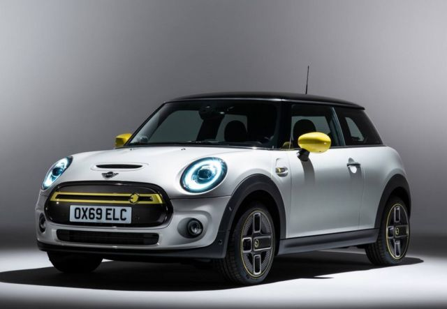 The new MINI Electric is coming next year (8)