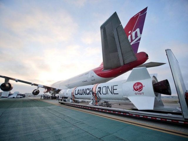 Virgin Orbit released a rocket from airborne 747 (2)