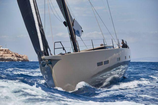 Y7 Sailing Yacht (12)