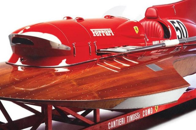 1952 Ferrari Arno XI Racing Boat (1)