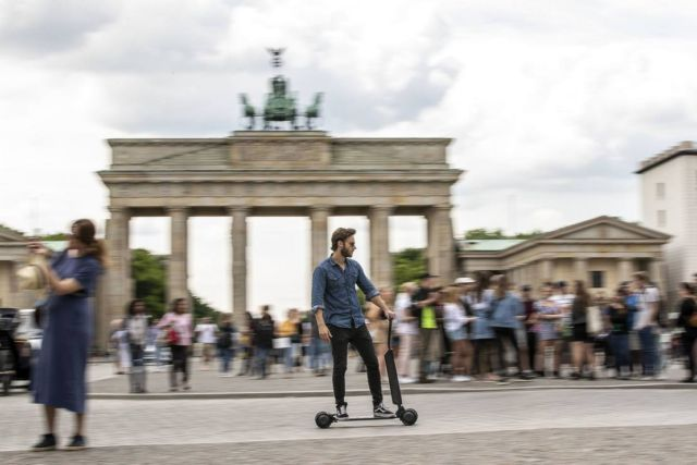 Audi Electric Scooter (3)