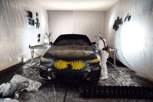 BMW unveils world's Darkest Car (4)