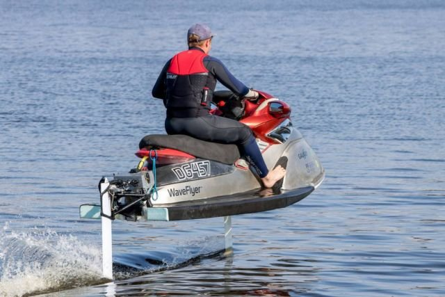 Electro Nautic hydrofoil jet-ski