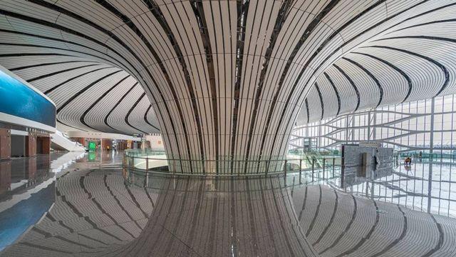 Zaha Hadid's Daxing Airport (4)