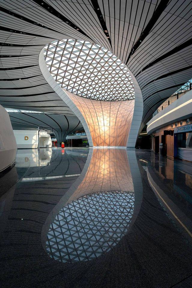 Zaha Hadid's Daxing Airport (3)
