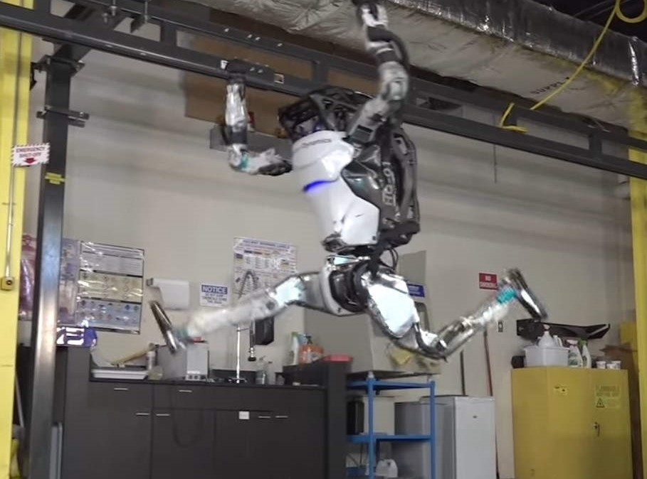 Atlas Robot- more parkour