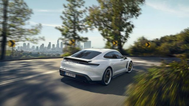 New Porsche Taycan officially unveiled (16)