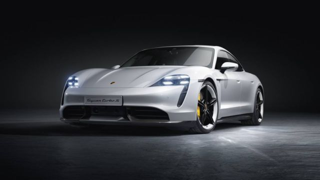 New Porsche Taycan officially unveiled (13)