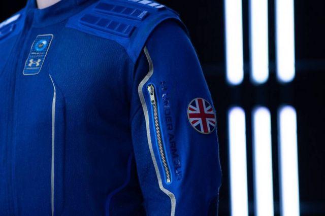 Virgin Galactic x Under Armour Spacesuit (4)