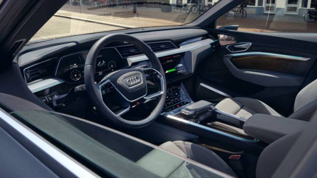 Audi e-tron Sportback (4)
