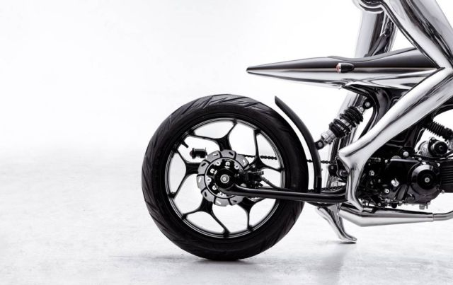 Bandit9 EVE LUX motorcycle (2)