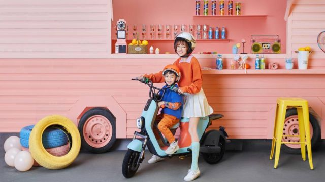 Segway-Ninebot electric scooters and motorcycle (2)