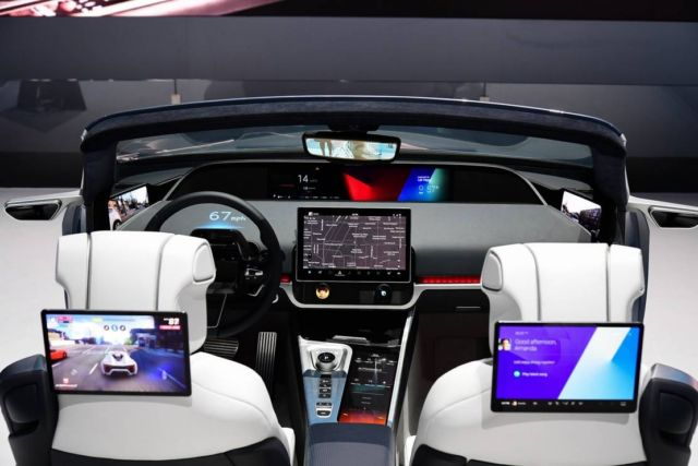 Samsung Digital Cockpit 2020 (9)