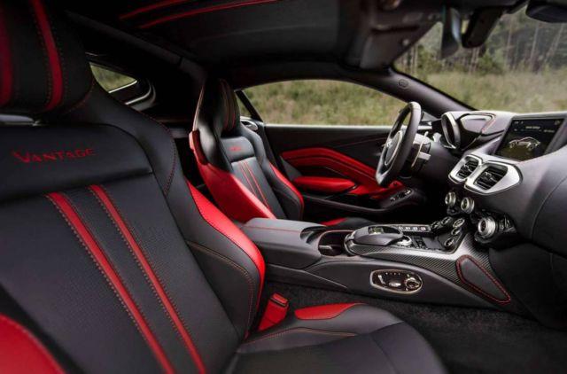 Aston Martin Vantage Roadster 2021 (5)